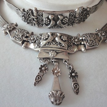 Vintage Sterling Silver Doves Necklace and Bracelet Set  - Sterling Silver