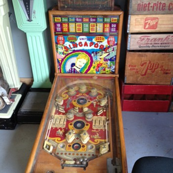 Signapore Pinball Machine