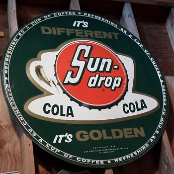 Sun Drop tin sign