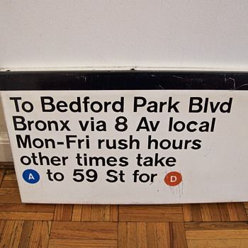 1960s Massimo Vignelli-Designed New York Subway Sign