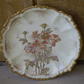 unknown make china floral plate - China and Dinnerware