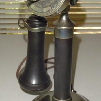 Stromberg Carlson KC desk stand - Telephones