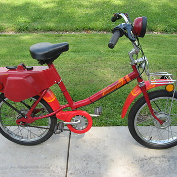 1978 AMF RoadMaster A110 bicycle moped - Motorcycles