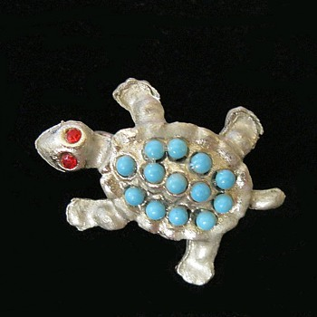 Pot Metal Turtle Pin