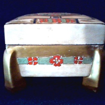 Art Nouveau Dresser Box / Hand Painted / Unknown Maker / Circa 1900's
