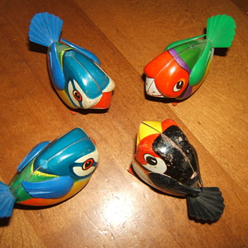 Lehmann Key-wind Tin Birds. West Germany - Toys