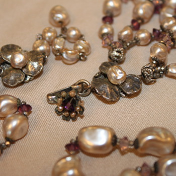 Miriam Haskell Baroque Pearl Necklace - Costume Jewelry
