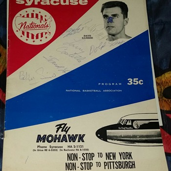 1961-62 Nationals basketball signed program Dolph Schayes, Bob Petit, Larry costello +