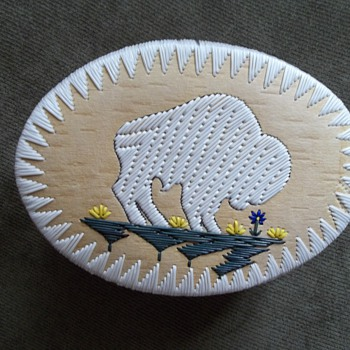 White Buffalo Quill Box, made by Melvin &quot;Mel&quot;  Losh