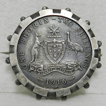 1916 M Australian Two Shillings One Florin Coin - Sterling Silver