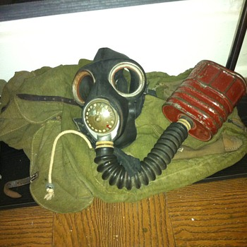 ww2 gas mask and backpack