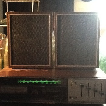 My Broadmoor Eight Track and Radio - Radios