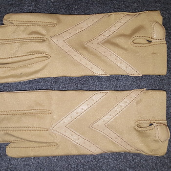 Aris Isotoner Woolite Tan on Tan Driving Gloves #aris #isotoner #woolite #driving #gloves