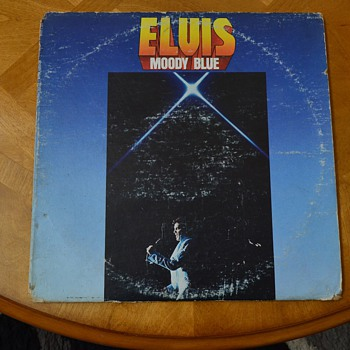 "ELVIS PRESLEY, BLACK ""MOODY BLUE"" ALBUM MISLABELED.."
