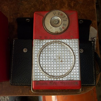 6 TRANSISTOR RADIO