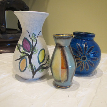 Two W Germans and an Italian walk into a bar... - Art Pottery