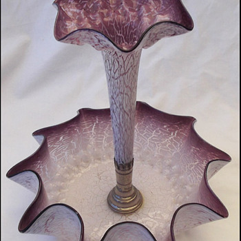 KRALIK SMOOTH CRACKLE EPERGNE  - Art Glass