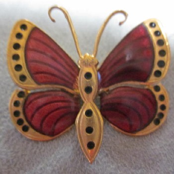 Unknown Butterfly - Costume Jewelry