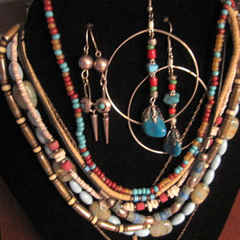 Vintage turquoise necklaces and earrings