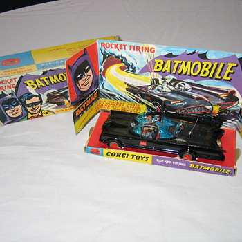 1966 Corgi Batmobile 267