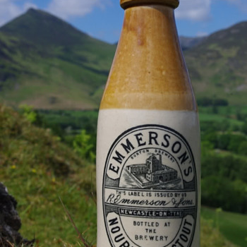 R.Emmerson & Sons Newcastle on Tyne - Bottles