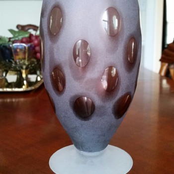 Thumbprint Frosted Amethyst Vase? TallCakes, Where Are You?  - Glassware