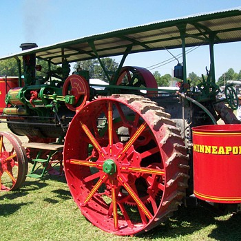 gas engine show 2012 - Tractors