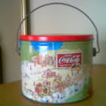 Vintage Coca-Cola cookie tin