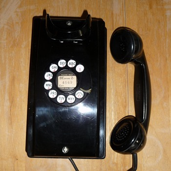 1954 Western Electric 354 - Telephones
