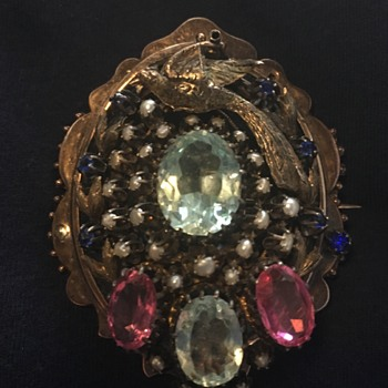 Strange pendant/brooch- any info appreciated!