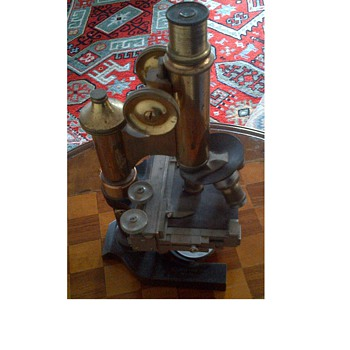 E.Letitz Weltzar. Microscope - Tools and Hardware