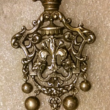 Peruzzi of Florence, large Sterling Silver pin