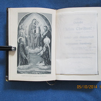 Vintage German Bible Book Hardback Religious Song Books and prayer book . 1903.and 29.X.35. Condition: VGC . Bambergae, die 22