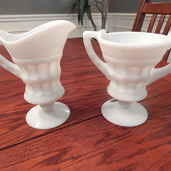 Cambridge milk glass sugar & creamer