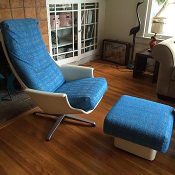 Unknown Lounge Chair and Ottoman  - Mid-Century Modern