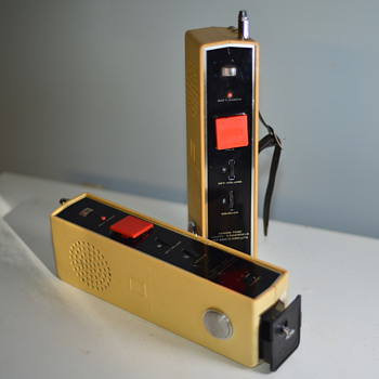Vintage Fanon T-600 Walkie-Talkies