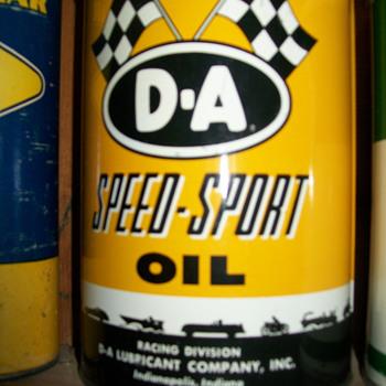 D-A,MOBIL,STANDARD PAINT,& PENN-DRAKE CANS - Petroliana