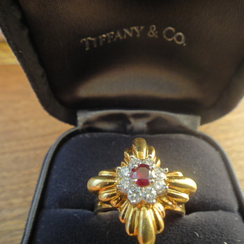 Vintage tiffany diamond and ruby ring in boho styling