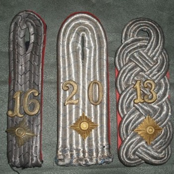 WWI German Officer's Shoulder straps - Military and Wartime