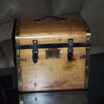 Small Trunk with Brass Bands and Buttons - Furniture