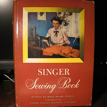 1949 era Singer sewing machine Book
