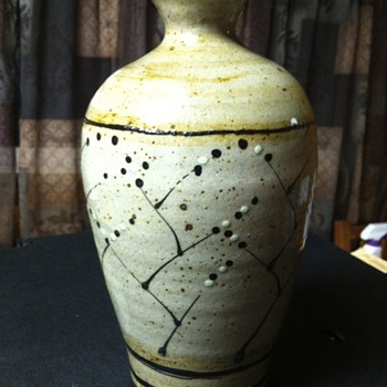 Very nice mid century vase  - Art Pottery