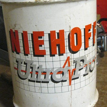 Niehoff Oil Drum - Petroliana