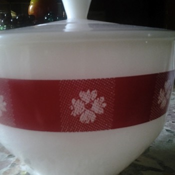 "federal glass co ""red gingham"" covered bowl"