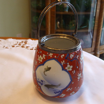 Fukagawa Nishikide Wara BISCUIT BARREL Japan Circa 1900-early 1920's