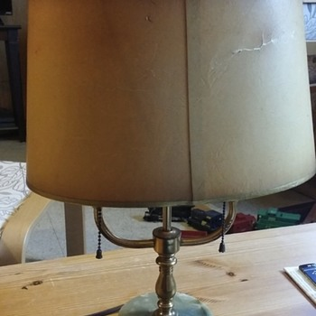 mystery table lamp. help please  - Lamps