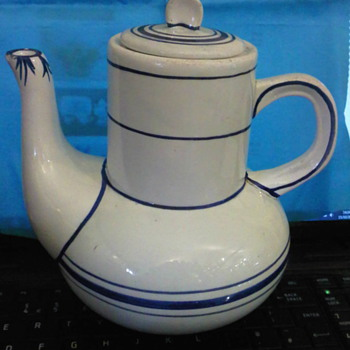 Unknown teapot - Kitchen