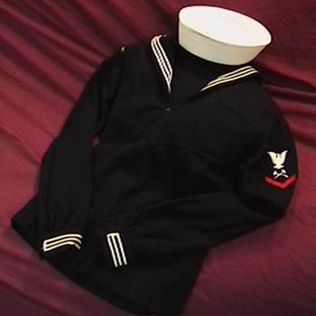 U.S. Navy Vietnam Era Blouse with Cap - Military and Wartime