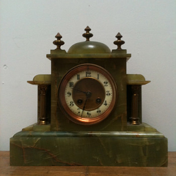 Antique French green marble clock ca. 1870's - Clocks