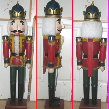 Need Christmas People, for my Vintage Nut Cracker King - Christmas